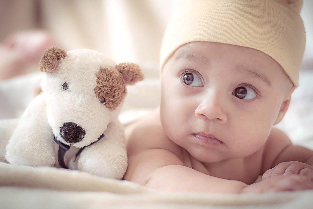 Sinais de autismo em bebés