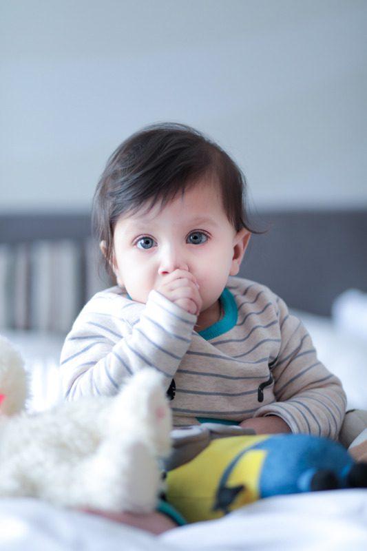 Quando o bebé chucha no dedo