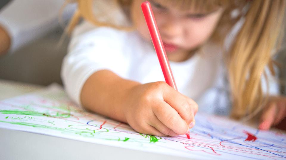 Nutrir a mente, construir o cérebro: Desenhos Mágicos!